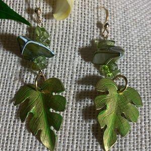 14k GF Peridot / River Shell/Metal leaf.